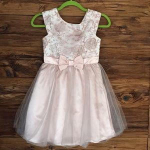 Soft pink party wedding dress